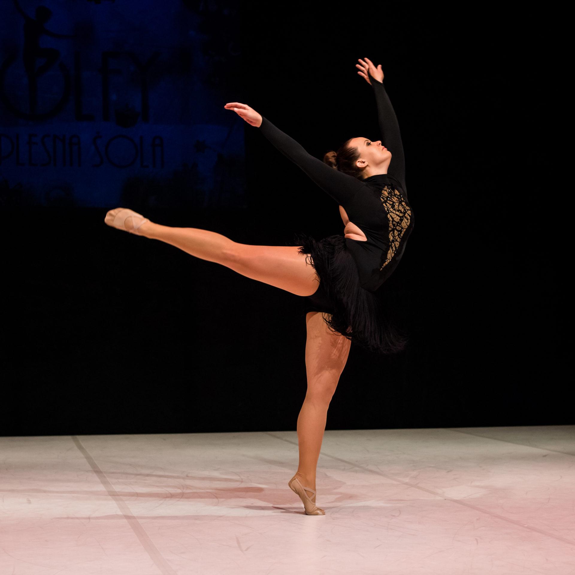 jazz-balet-odrasli-4-plesna-sola-wolfy